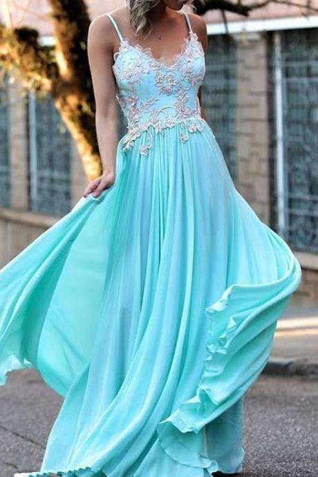 Prom Dresses,Spaghetti Straps Prom Dresses,Blue Chiffon Prom Dresses,Appliques Prom Dresses,Long Party Dresses,Prom Dresses A-line,Long Evening Dresses,Long Formal Gowns,Prom Dresses Plus Size