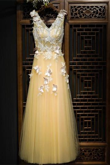 V-Neck Lace Pearls Sleeveless Floor-Length Prom Dress