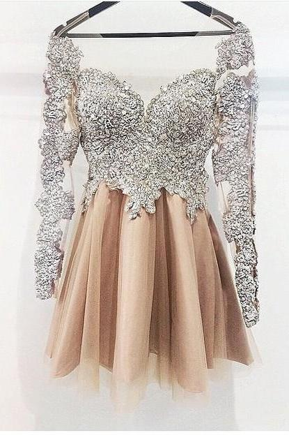 cheap homecoming dresses 2017 short ,Long Sleeves Silver Champagne Cute Homecoming Dress,Vintage Short Prom Dress Homecoming Dresses,Short Party Prom Gowns For Teens Junior Girls
